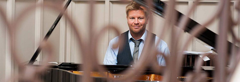 Alex Graham Piano
